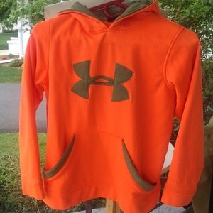 Boys under armour hoodie.